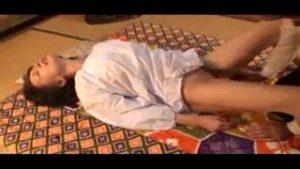 五十路(50代)の田舎の割烹着熟女おばさんがAV出演自宅で若者とハメ撮りセックス中出し撮影!